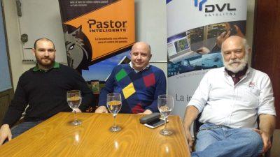 Staff de DVL con clientes